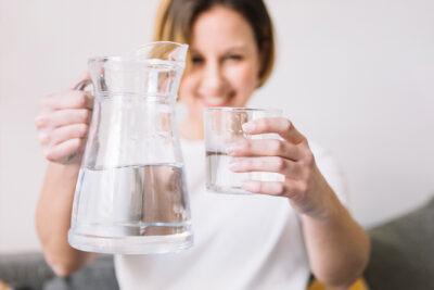 alimentazione sostenibile acqua del rubinetto