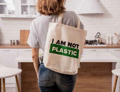 Vivere senza plastica: 4 consigli utili per inquinare di meno